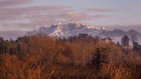 Montañas de la montaña de Resegone Foto de archivo libre de regalías