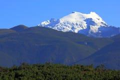 Montañas de la nieve de Haba Foto de archivo
