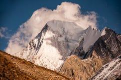 Montañas de la nieve en Aden National Reserve, Szechwan Fotografía de archivo libre de regalías