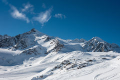 Montañas de la nieve en Austria Imagen de archivo