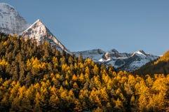 Montañas de la nieve en Szechwan Imágenes de archivo libres de regalías