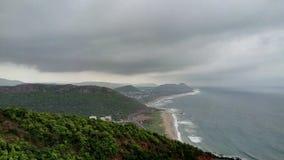 Montañas de la playa de Troical imágenes de archivo libres de regalías