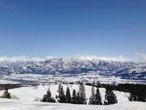 Montañas de la primavera Fotos de archivo libres de regalías