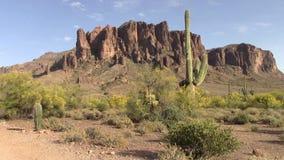 Montañas de la superstición, Arizona almacen de metraje de vídeo