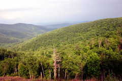 Montañas de la tapa Foto de archivo libre de regalías