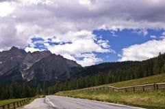Montañas de las dolomías, Italia fotos de archivo libres de regalías
