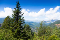 Montañas de los Pirineos del punto álgido foto de archivo libre de regalías