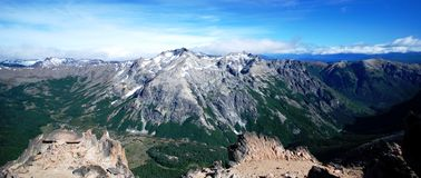 Montañas de Nahuel Huapi, la Argentina Imagenes de archivo