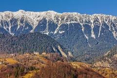 Montañas de Piatra Craiului, Rumania Foto de archivo libre de regalías