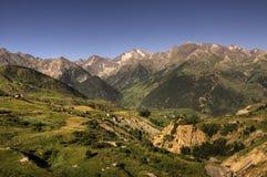 Montañas de Pyrenees Imagenes de archivo