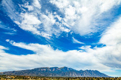 Montañas de Sandia del pico de Palomas Foto de archivo