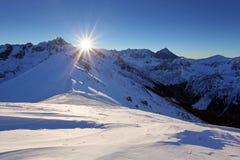 Montañas de Tatra en invierno Altas montañas en invierno Foto de archivo libre de regalías