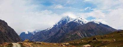 Montañas de Tuomuer Imagen de archivo
