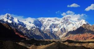 Montañas de Tuomuer Fotografía de archivo