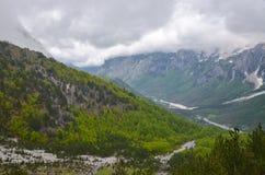 Montañas de Valbona en Albania Imagen de archivo