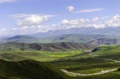 Montañas del balanceo Foto de archivo libre de regalías