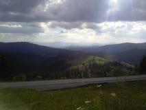 Montañas del bosque del paisaje Fotografía de archivo