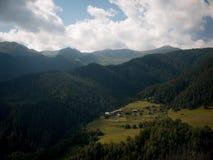 Montañas del Cáucaso Imagen de archivo libre de regalías