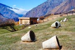 Montañas del Cáucaso hermosas, Georgia Imagenes de archivo
