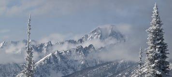 Montañas del castillo Fotos de archivo libres de regalías