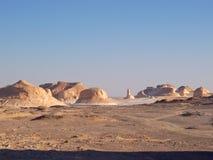 Montañas del desierto blanco Imagenes de archivo