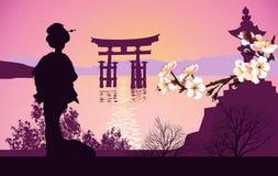 Montañas del geisha en el fondo y la puerta japonesa