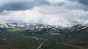 Montañas del glaciar del top de Babusar imagen de archivo