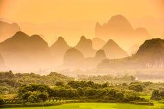 Montañas del karst de China imagenes de archivo