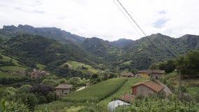 Montañas del norte españolas fotografía de archivo