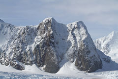 Montañas del verano antártico de la península Fotografía de archivo
