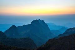 Montañas Doi Luang Chiang Dao de la puesta del sol Imagen de archivo