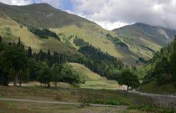 Montañas en Abjasia Imágenes de archivo libres de regalías