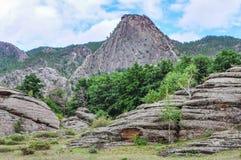 montañas en bayanaul Imágenes de archivo libres de regalías