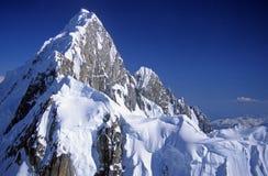 Montañas en el cielo fotos de archivo libres de regalías