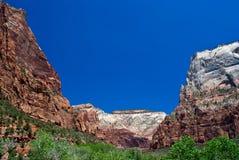 Montañas en el parque nacional de Zion, Utah Imagenes de archivo