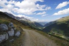 Montañas en el Vinschgau Foto de archivo libre de regalías
