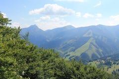Montañas en Eslovaquia Mala Fatra Poco Fatra Montañas de Cárpatos Fotos de archivo libres de regalías