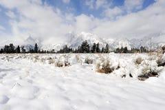 Montañas en invierno Foto de archivo libre de regalías