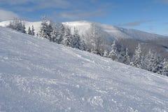 Montañas en Jasna. Imagen de archivo libre de regalías