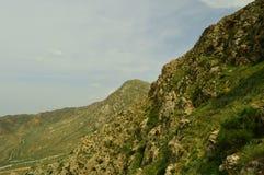 Montañas en Kadamzhay, Kirguistán Fotos de archivo libres de regalías
