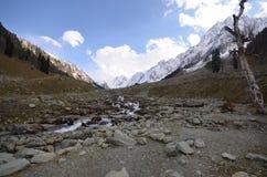 Montañas en Kashmir Valley Foto de archivo