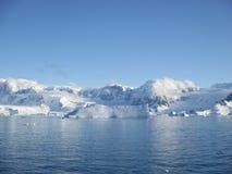 Montañas en la Antártida Fotografía de archivo libre de regalías