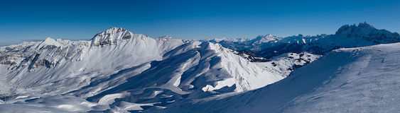 Montañas en la frontera de Francia y de Suiza, Imágenes de archivo libres de regalías