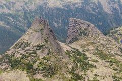 Montañas en las montañas con las nubes Imagen de archivo libre de regalías