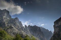 Montañas en los picos de europa, España Fotografía de archivo libre de regalías
