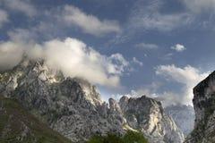 Montañas en los picos de europa, España Fotografía de archivo