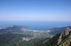 Montañas en paraíso Foto de archivo libre de regalías