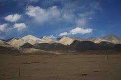 Montañas en Tíbet Imágenes de archivo libres de regalías