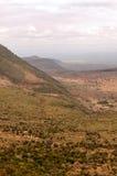 Montañas en un valle de Kenia foto de archivo