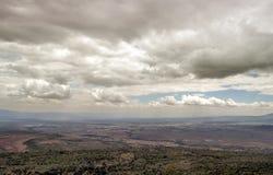 Montañas en un valle de Kenia Imagenes de archivo